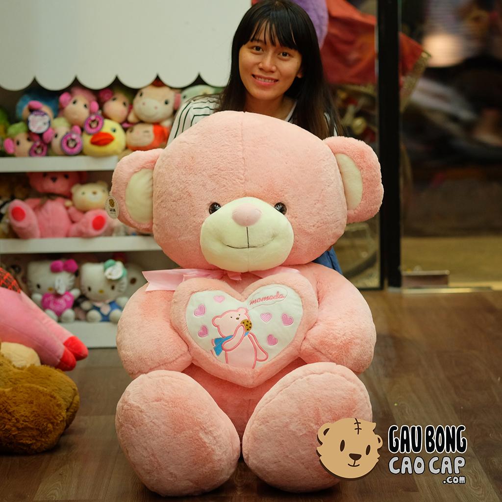 Gấu Teddy ôm tim Momoda