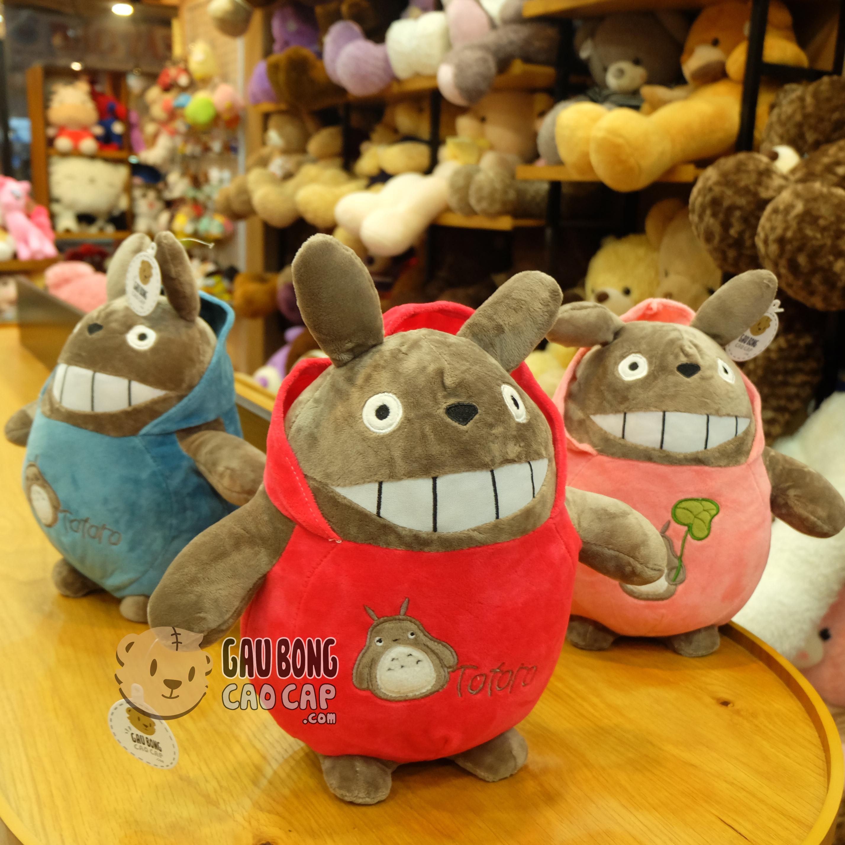 Totoro áo nhung đội nón