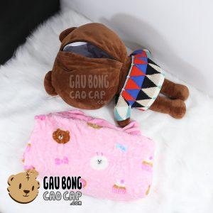 Gối mền Gấu Brown mặc áo len