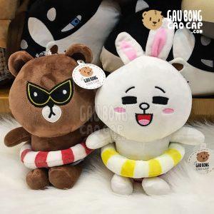 Gấu Brown, Thỏ Cony đeo phao bơi