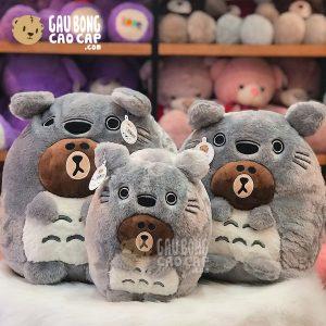 Gấu Brown cosplay Totoro lông tơ
