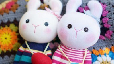 Hướng dẫn làm thỏ bông từ tất (vớ) siêu cute